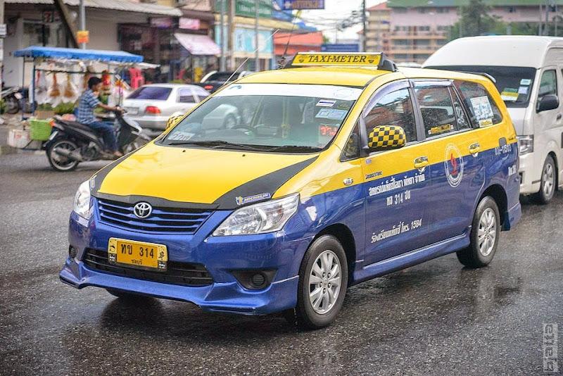 2557_Thailand_Pattaya_Jomtien_transport_tuk_tuk_tuck_tuck_taxi-43