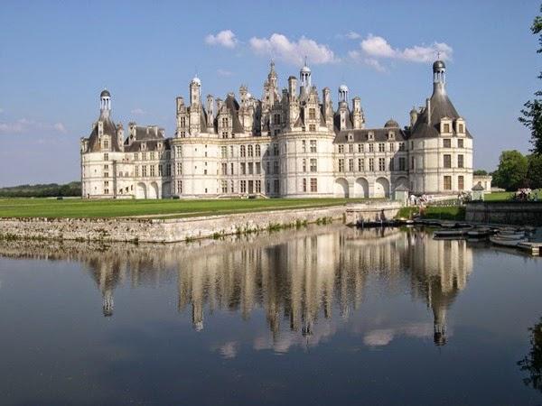 800px-France_Loir-et-Cher_Chambord_Chateau_02