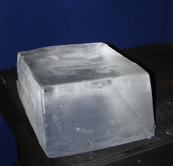 ice-carving-two-ice-block.jpg