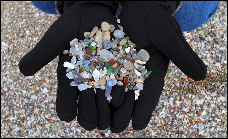 شاطى الزجاج glass-beach-7%255B