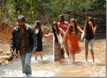 Aanmai Thavarael Tamil Movie Stills
