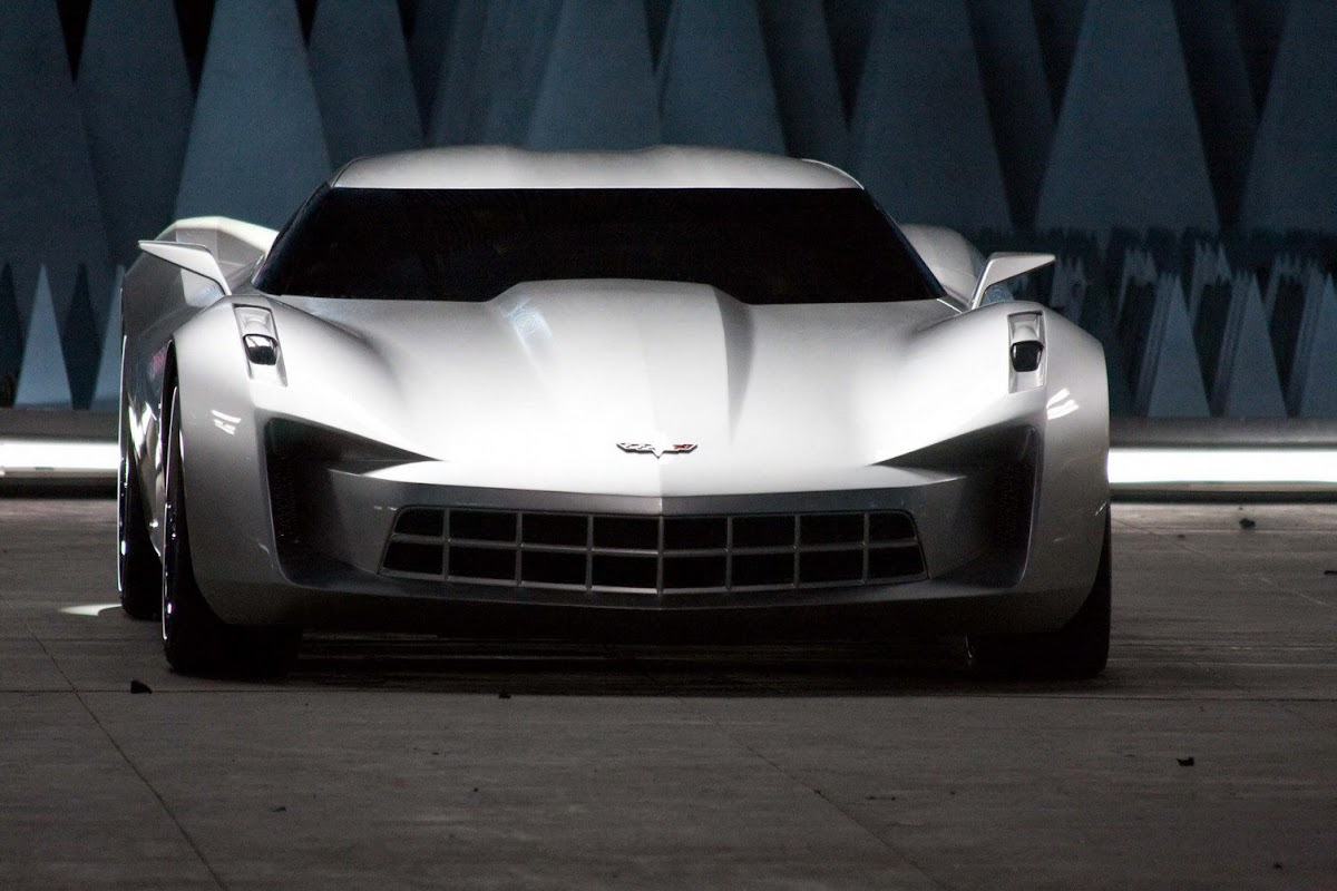 A Visual Comparo Between the 2014 Corvette Stingray and the 2009