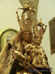nuestra-señora-de-la-antigua-patrona-de-almuñecar-vestida-alvaro-abril-fiestas-almuñecar-2013-felicitacion-novena-procesion-maritimo-terrestre-(10).jpg