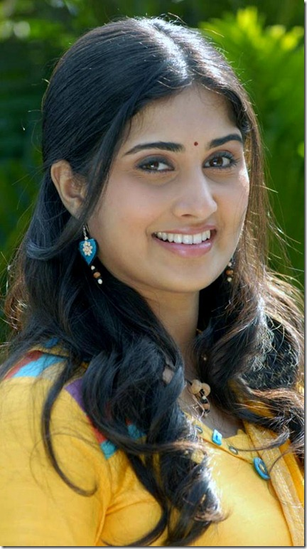 Indian Actress Stills Baby Shamili Latest Photos
