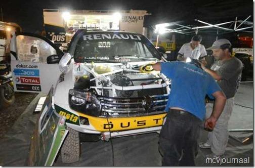 Dakar Rally Renault Duster 13