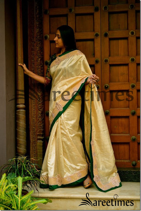 Cream_Saree