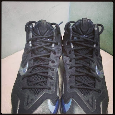 nike lebron 11 gr triple black 1 01 New Nike LeBron 11 Triple Black with Camo Details