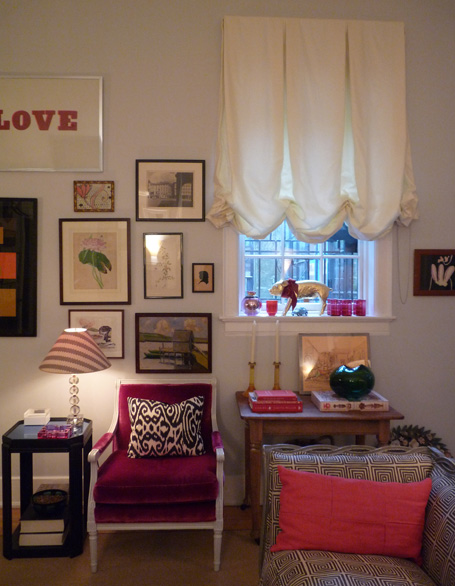 Rita-Konigs-pink-chair.jpg