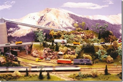 Milwaukee Area N-Trak Scene at TrainTime 2002