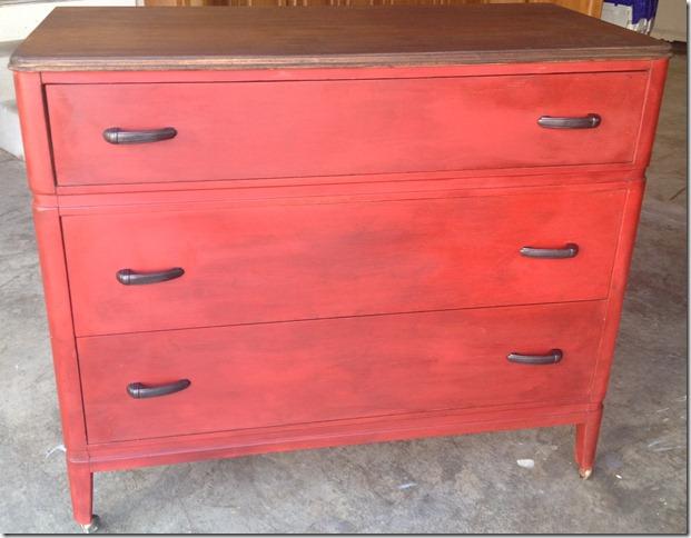 red dresser 018