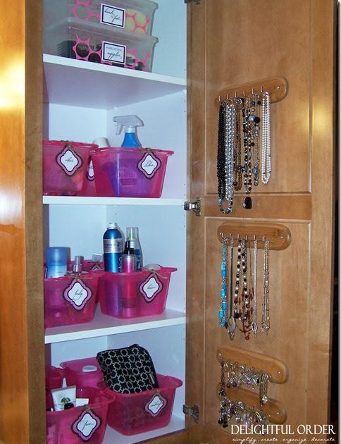 Delightful order organizing my bathroom cabinets for Organizing my bathroom