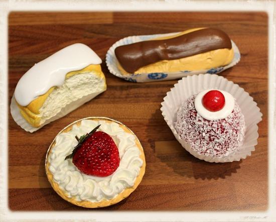 cream cakes 1