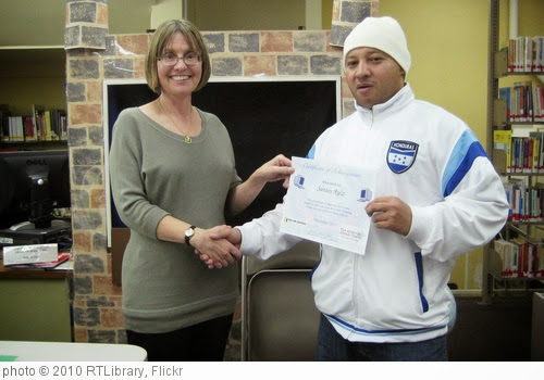 'Santos Ruiz receives diploma' photo (c) 2010, RTLibrary - license: http://creativecommons.org/licenses/by/2.0/