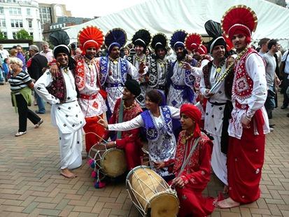 Bhangra dancers
