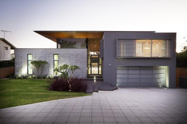 Fachada de casa con hormigon blanco