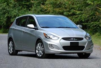 2012 hyundai accent gls hatchback test drive auto trend. Black Bedroom Furniture Sets. Home Design Ideas
