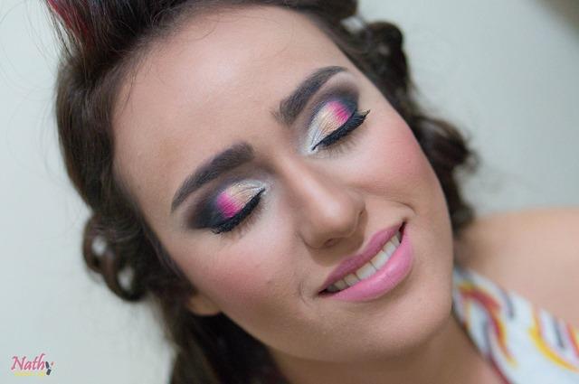 maquiagem colorida para formatura
