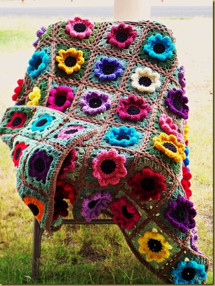 Home &amp; Garden Flower Afghan
