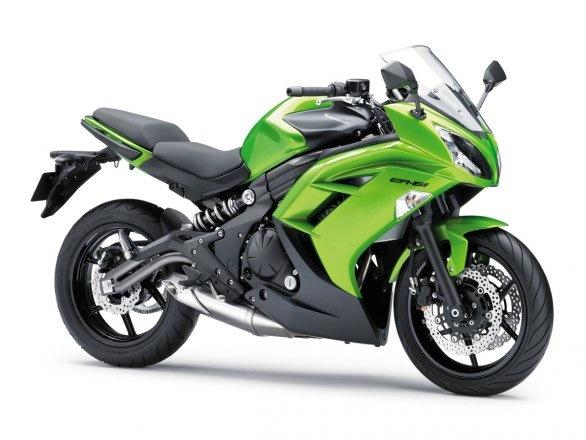 Kawasaki_er6f_2012_01