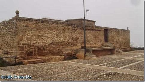 Depósito de agua donde estuvo el castillo de Íñigo Arista en Ujué