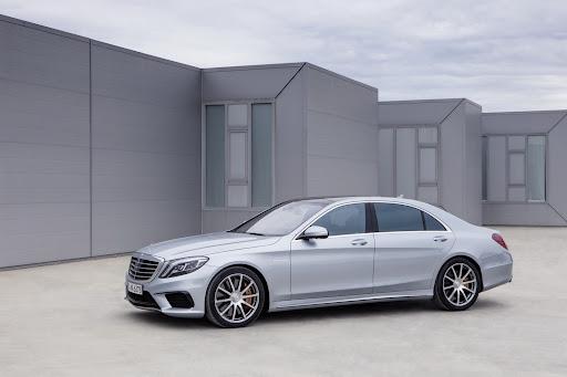 2014-Mercedes-Benz-S63-AMG-05.jpg