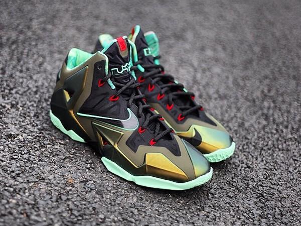 Nike Lebron 11 Kings Pride