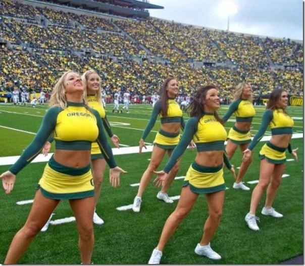 Oregon Cheerleaders (1)