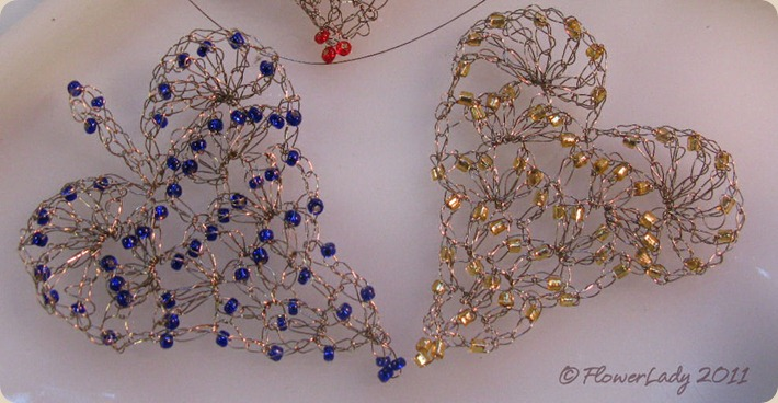 11-17-wire-bead-hearts