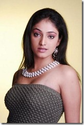 haripriya-in-halfdress