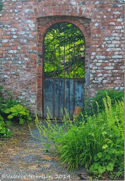 29-garden-gate