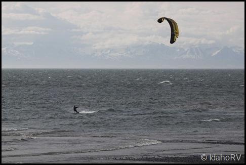 Parachute-Surfing-1