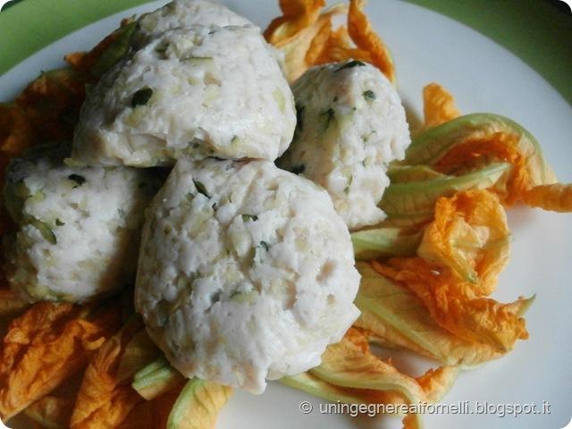 polpette leggere zucchine parmigiano fiori di zucca