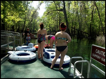 Checking out Ichetucknee Springs SP 222
