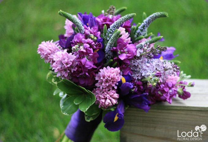 004-purplebouquet loda floral desigm