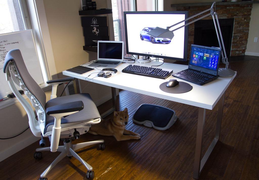 [White_Computer_Desk_White_Chair%255B5%255D.jpg]