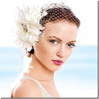 elegante peinado para boda con velo blanco 2012