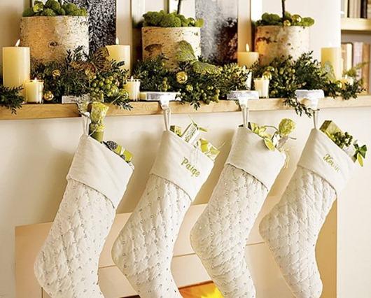 mmchristmasMantel-Rustic-Stockingsblog.styleestate.co