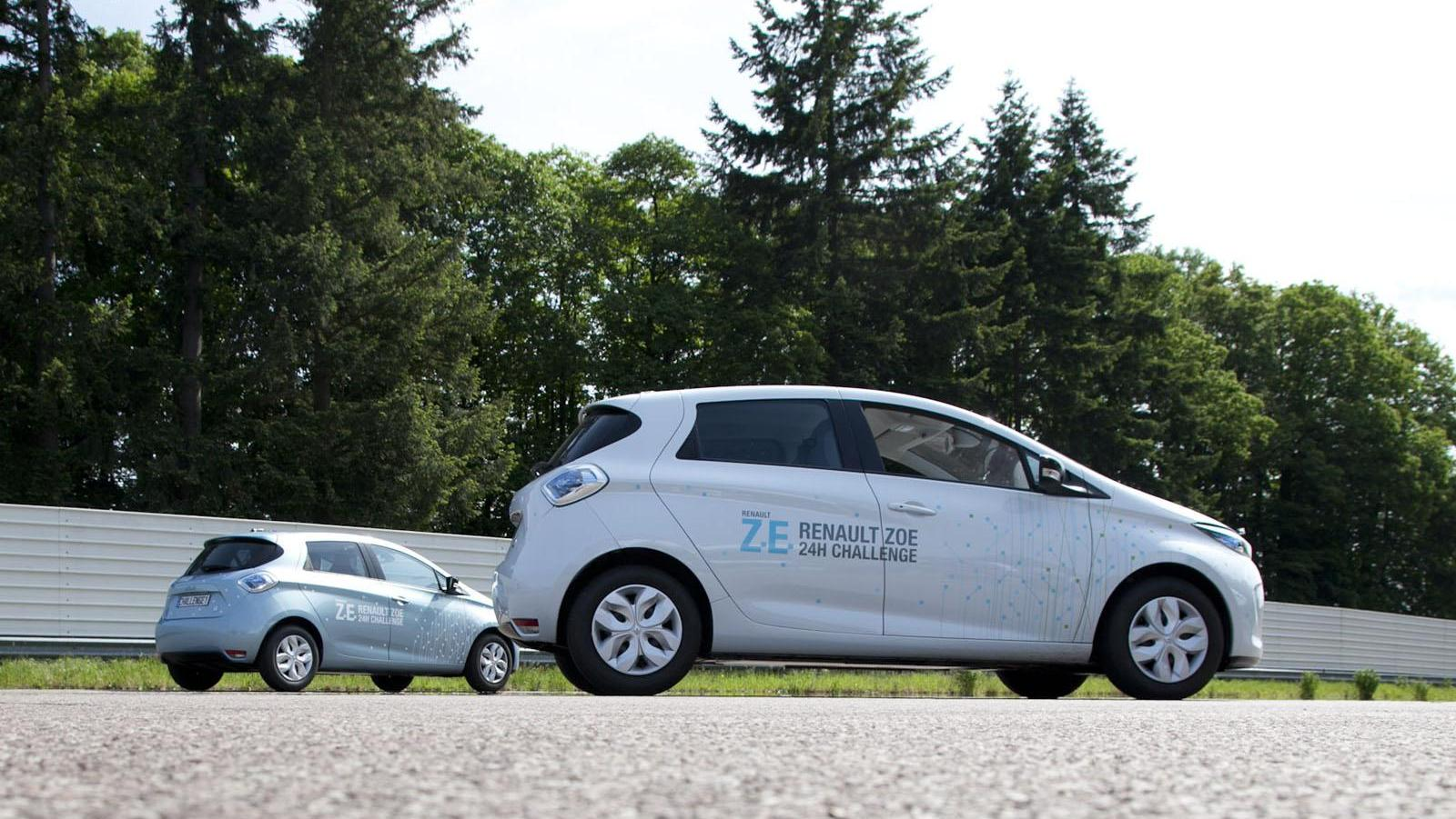 2013-Renault-ZOE-A-New-World-Record-3.jpg?imgmax=1800