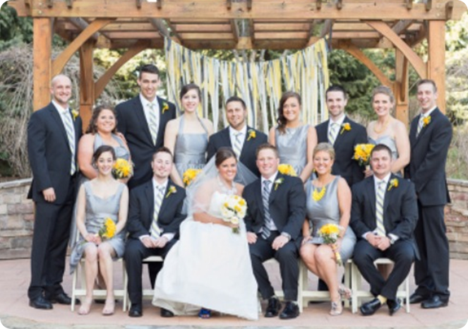 pretty wedding party - garland backdrop
