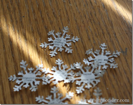 Book_Page_Snowflakes