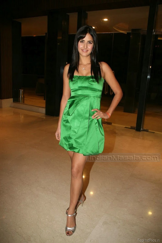 Katrina Kaif Beautiful Photos in Short Green Dress 9