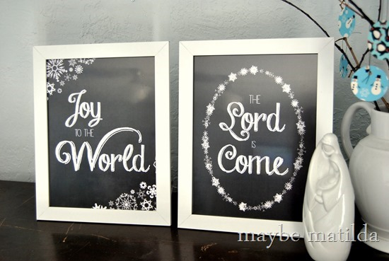Free Joy to the World printable set!