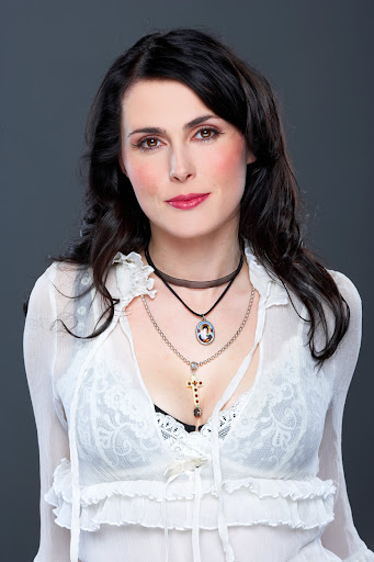Sharon Den Adel - Gallery