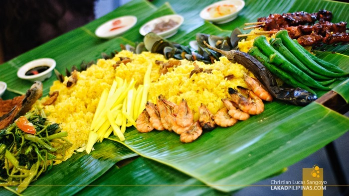 Boodle Fight at Blackbeard's Seafood Island