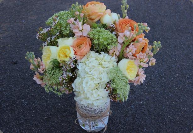563185_333146830083907_156574431074482_65030355_408826329_n sophisticated floral designs