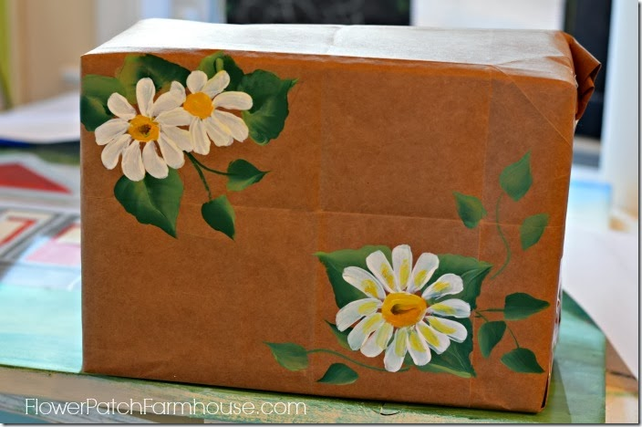 paint a daisy on gift