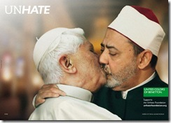 the-pope-kissing-ahmed-mohamed-el-tayeb