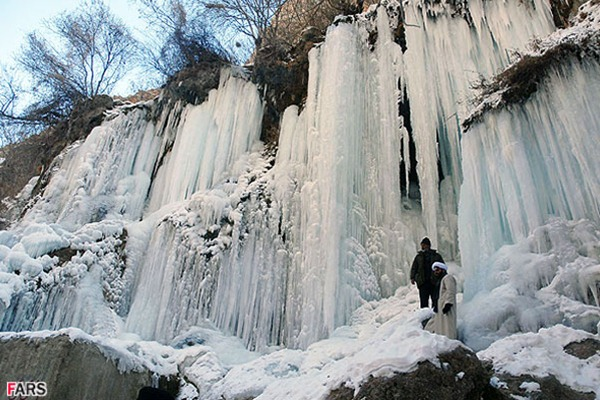 Frozen Akhlamad Waterfall in Khorasan, Iran 01