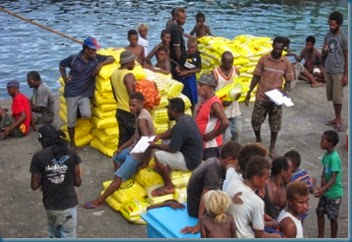 Kosco - Yandina wharf unloading cargo MON