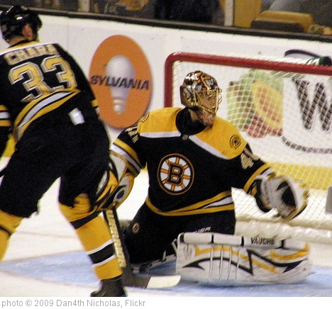 '20091031 Chara and Rask' photo (c) 2009, Dan4th Nicholas - license: http://creativecommons.org/licenses/by/2.0/